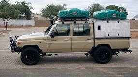 (English) Group L79 – Land Cruiser 4×4 Double Cab with 2 tents